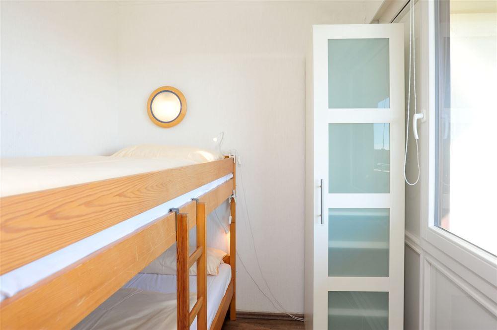 2. Schlafzimmer, Ferienwohnung Nr. 130, St Peter Ording Bad, Haus Atlantic,  Alter Badweg 11-15