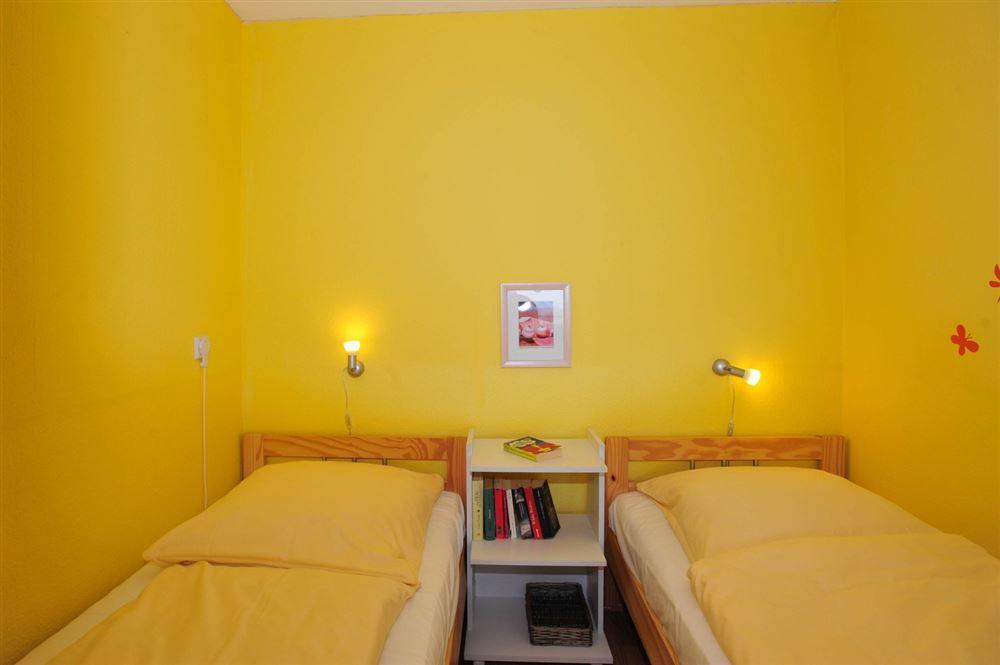 1. Schlafzimmer, Ferienwohnung 124, St Peter Ording Bad, Haus Atlantic,  Alter Badweg 11-15