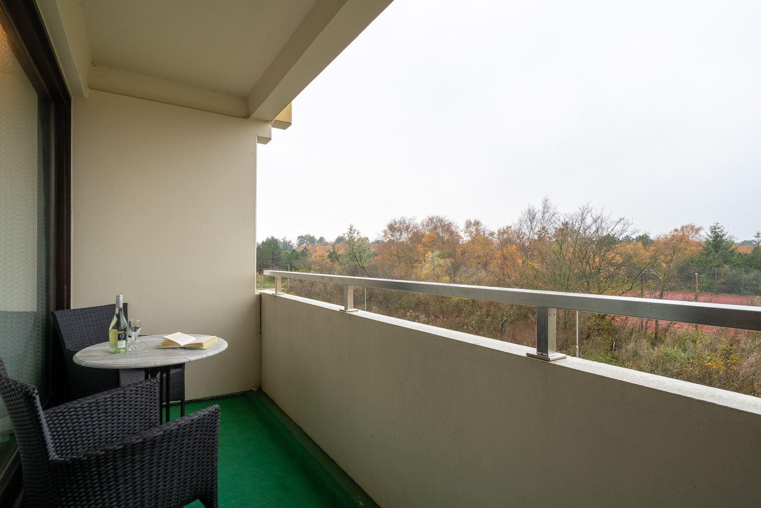 "Ausblick vom Balkon - St Peter Ording Bad, Haus Atlantic, Wohnung 17 ""Regina"""