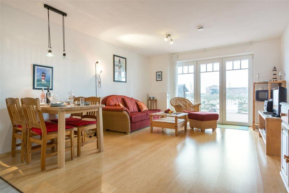 "Zum Böhler Strand 10, St. Peter-Böhl, Wohnung 2 EG links ""Nordseeblick"" (ID 015) - Wohnzimmer"