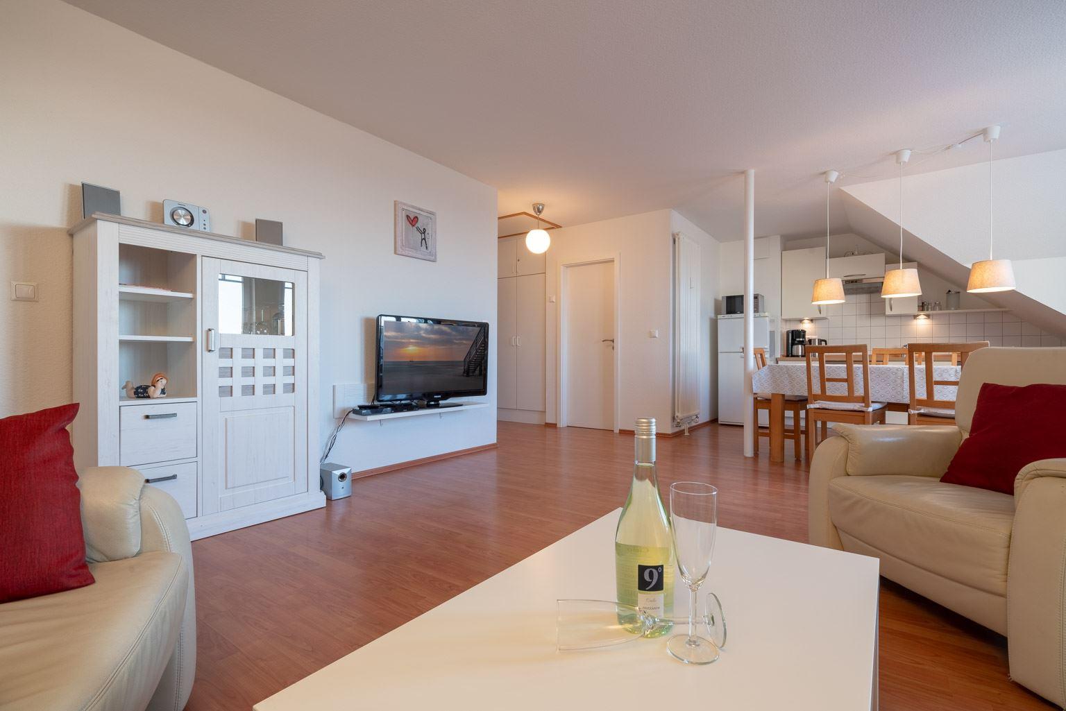 """Haus Zum Böhler Strand 10, Wohnung 11 """"Barghahn"""" (ID 365) - Wohnzimmer"""