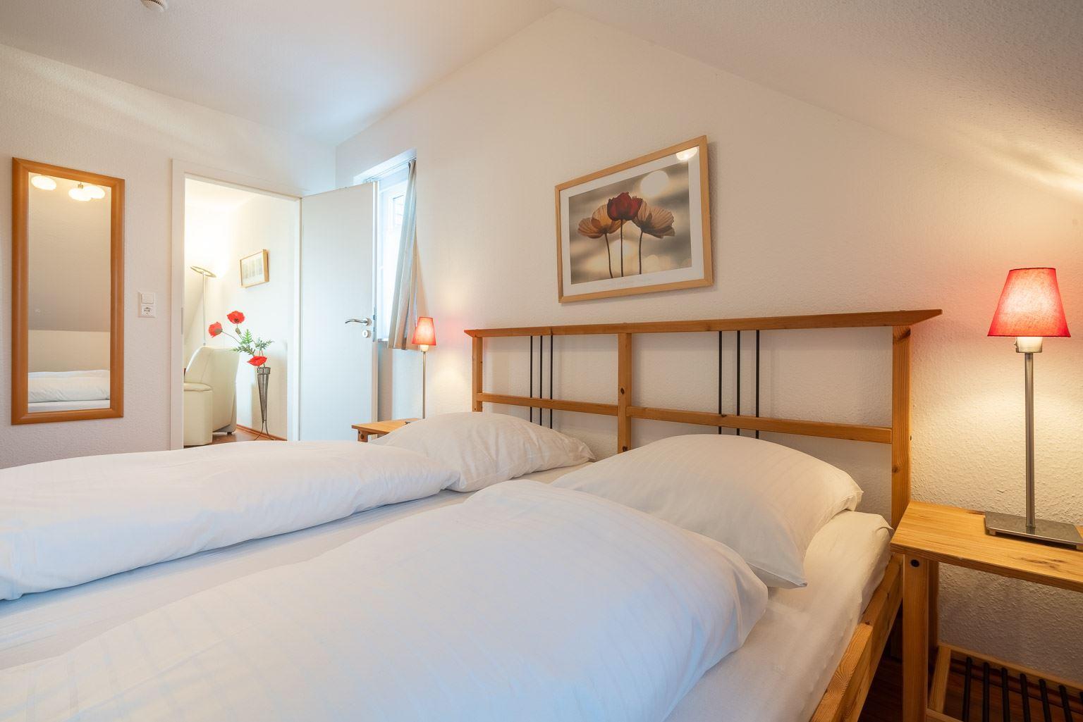 """Haus Zum Böhler Strand 10, Wohnung 11 """"Barghahn"""" (ID 365) - 1. Schlafzimmer"""