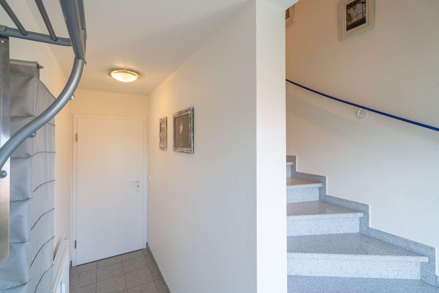 """Haus Zum Böhler Strand 10, Wohnung 11 """"Barghahn"""" (ID 365) - Flur Eingangsbereich"""