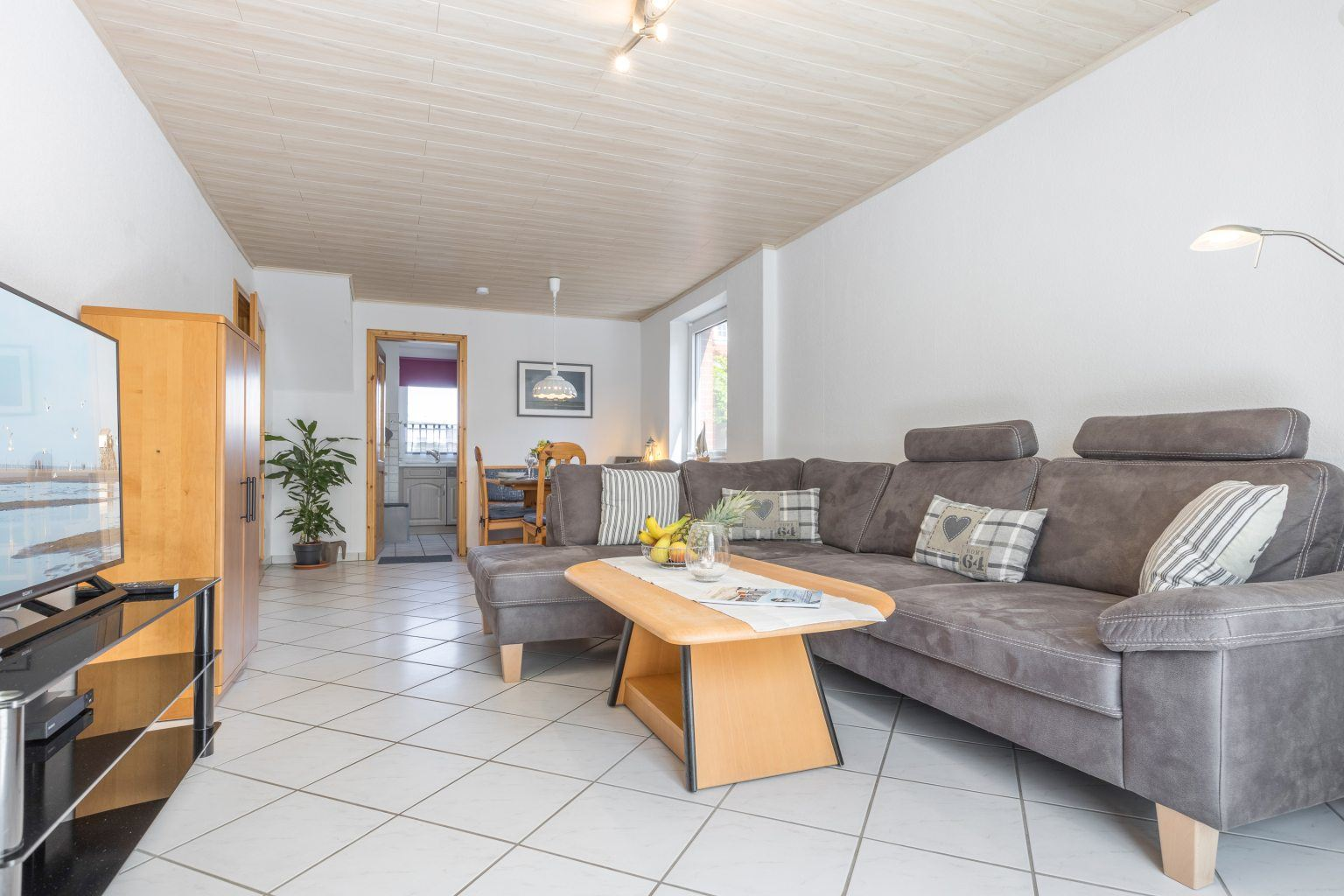 Wohnzimmer - Haus Sturmmoewe, Wohnung 4, Badallee 27-27a, St. Peter-Dorf