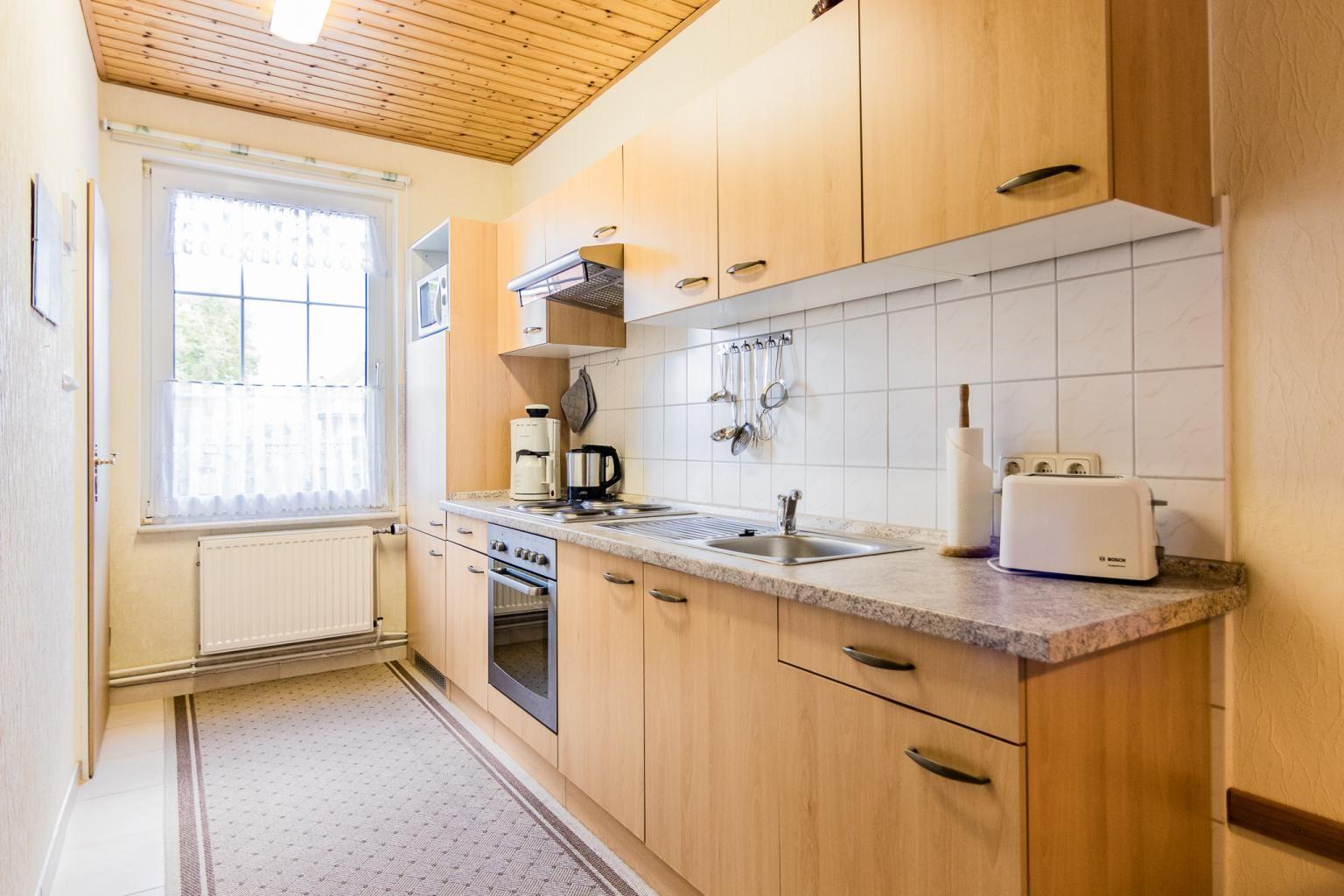 """Küche, St Peter Ording Dorf, Haus """"Sturmmoewe"""", Wohnung 2"""
