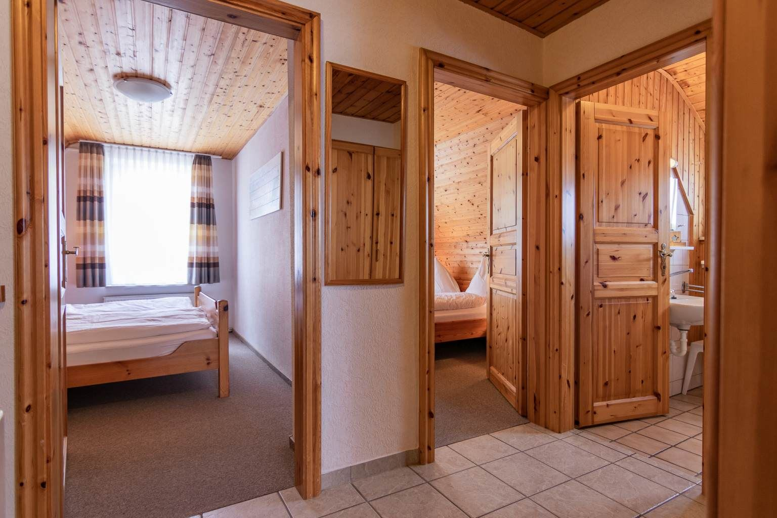 Flur - Haus Sturmmoewe, Wohnung 3, 3-Zimmer-Ferienwohnung, Badallee 27-27a, St. Peter-Dorf