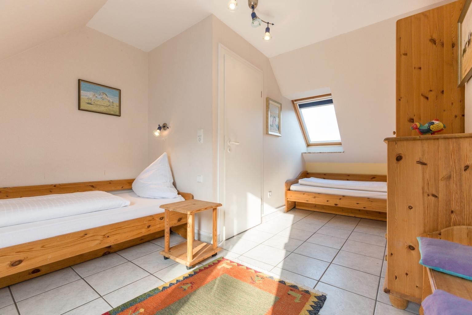 2. Schlafzimmer - St Peter Ording Bad, Haus Am Kurwald II, Wohnung 7