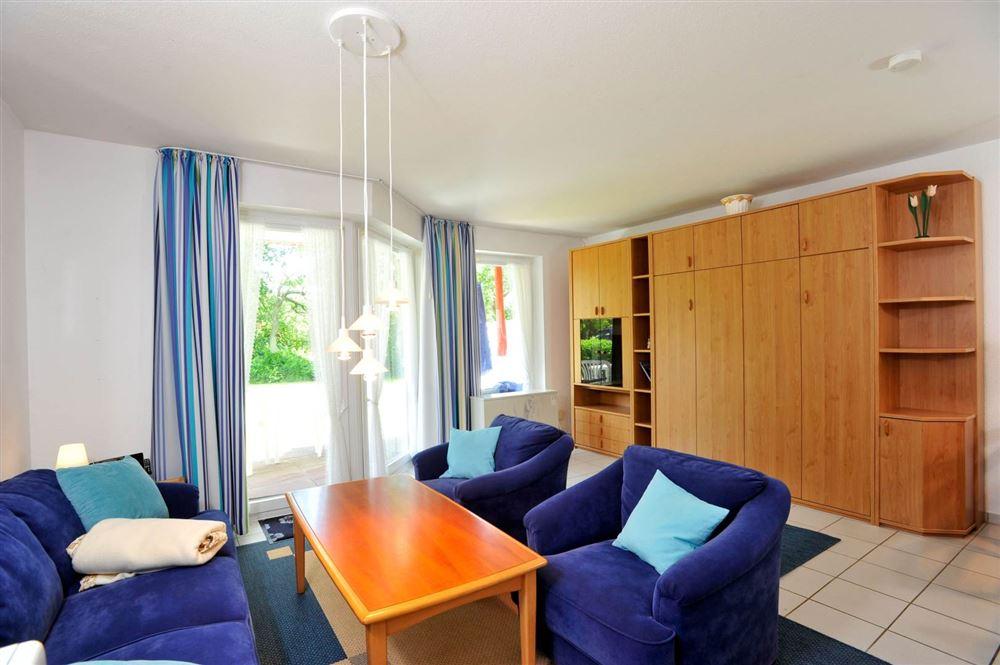 Wohnzimmer - Haus Sommerdeich, Wohnung 3A, Westmarken 37a+b, St. Peter-Bad