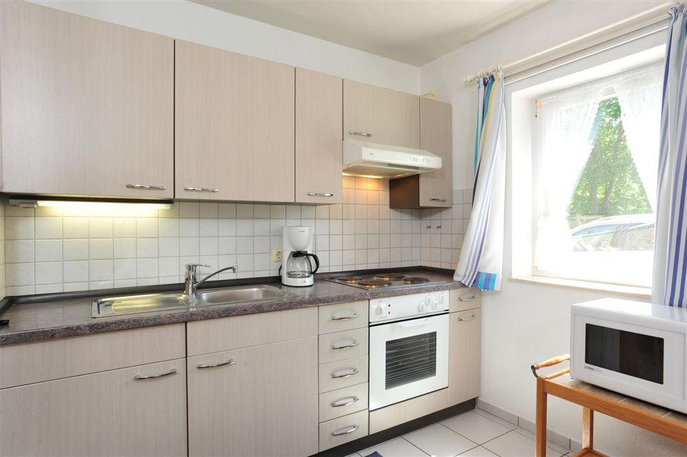Küche - Haus Sommerdeich, Wohnung 3A, Westmarken 37a+b, St. Peter-Bad