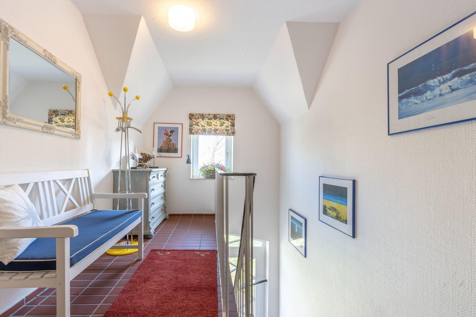"""Vorflur im Treppenhaus - St Peter Ording Bad, Haus Sommerdeich, Wohnung 4B """"Westmarkenpalais"""""""