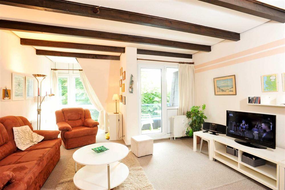 """Wohnzimmer mit Balkon - Haus Residenz im Bad"""", Wohnung-24, Im Bad 22-24, St. Peter-Bad"""