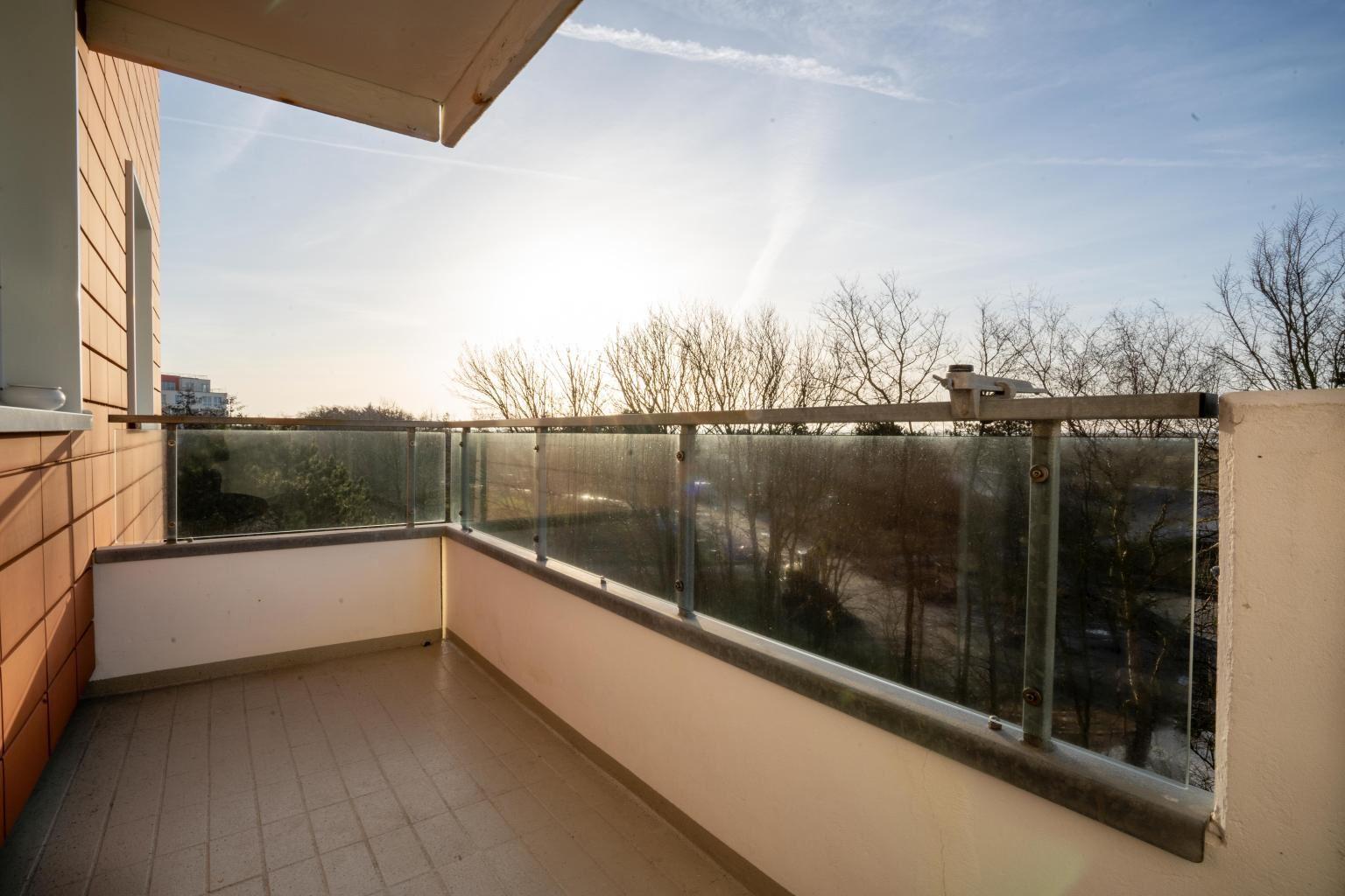 Südwest-Balkon mit Meerblick