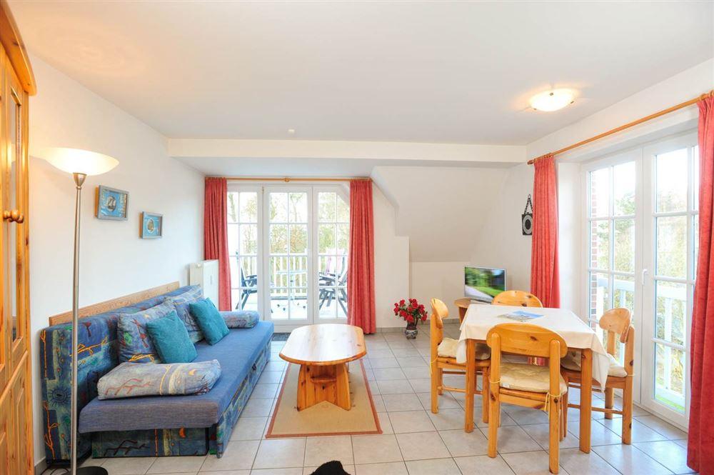"""Wohnzimmer - St Peter Ording Bad, Haus """"Duenen un Diek"""", Wohnung 8 """"Strandstar"""""""