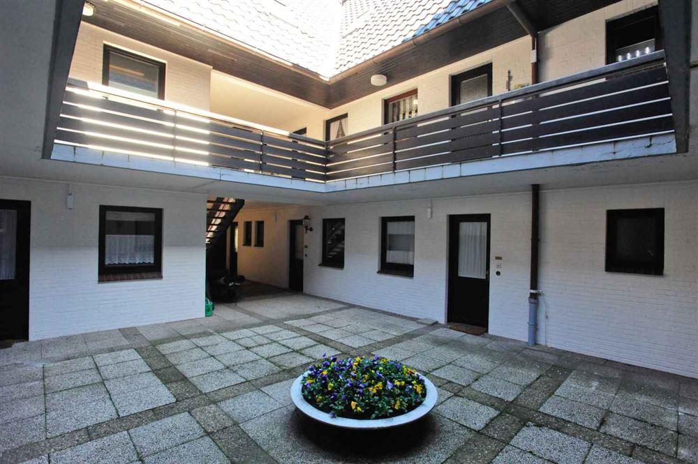 "Atrium - St Peter Ording Dorf, Ferienhaus ""Hallig Hooge"", ""Duenensonne 3"", Ostlandstraße 11"