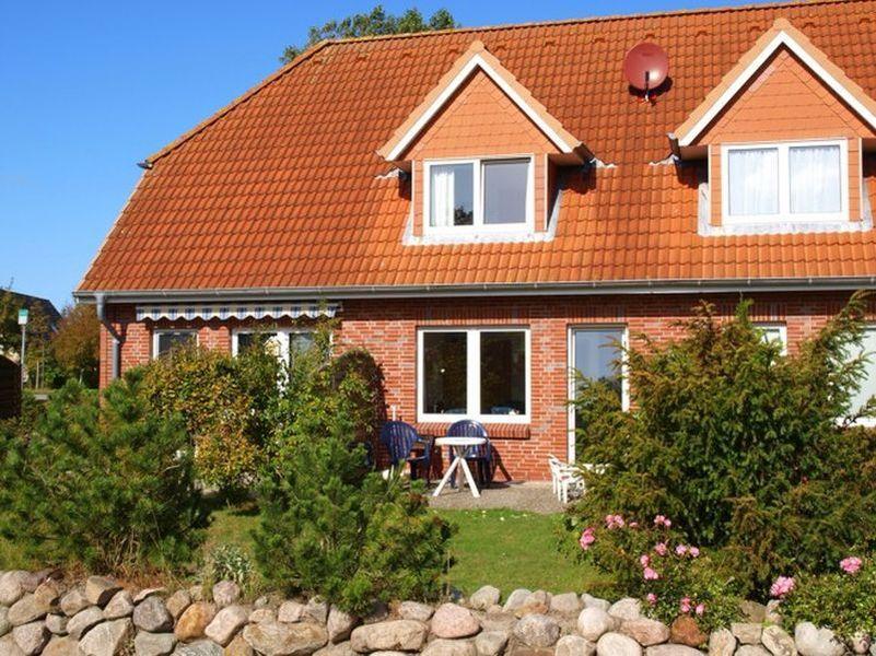 """Aussenansicht - Haus """"Boehler Eck"""" Hausteil 152c,  3-Zimmer-Ferienhaus, 4 Personen,  Böhler Landstraße 146-154, St. Peter-Böhl"""