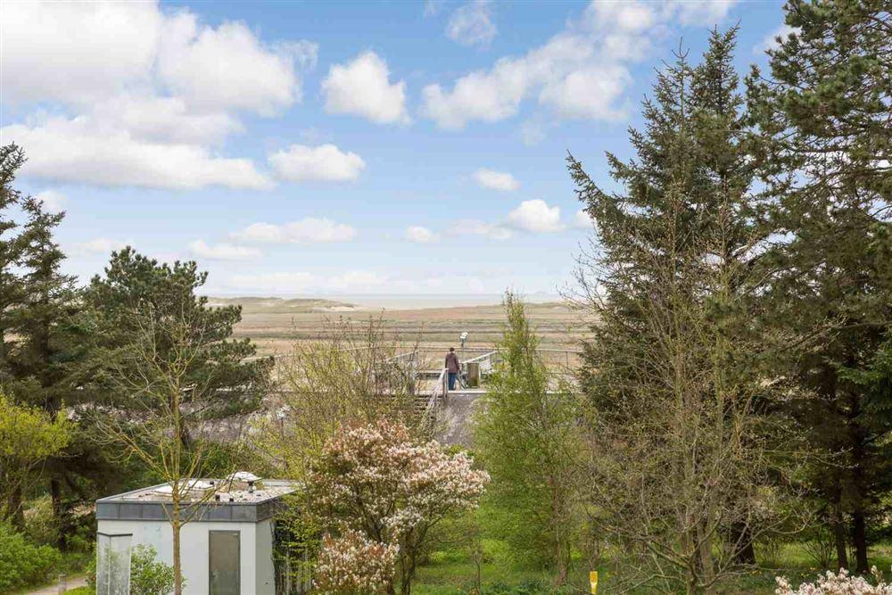 Ausblick von der 2-Zimmer-Ferienwohnung im Haus Atlantis,  Strandpromenade 19, St. Peter-Bad