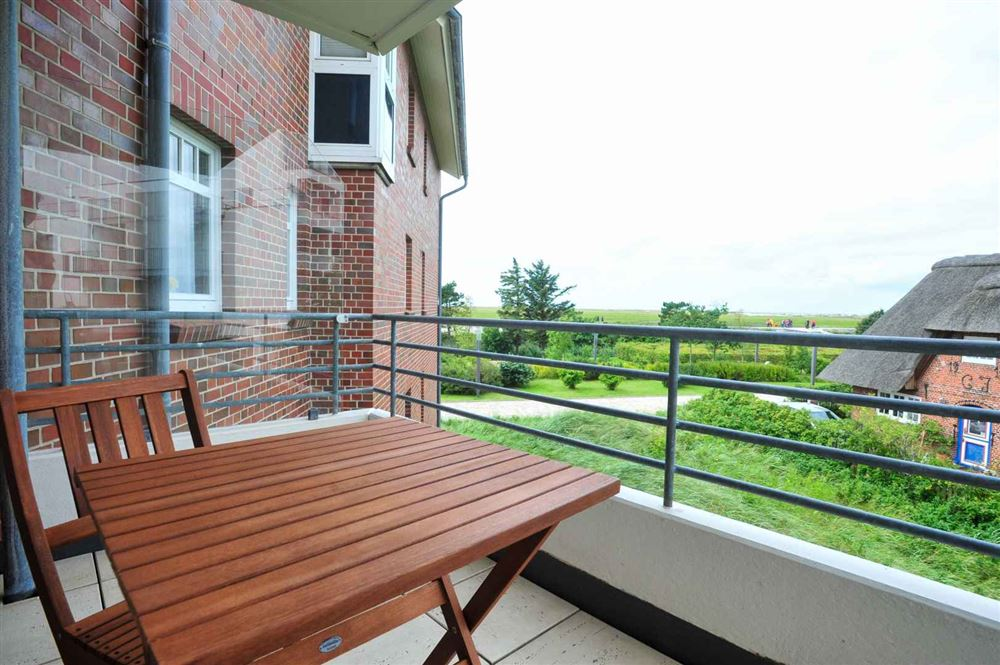 Balkon mit Meeresblick - Meerblick. Strandnah. Balkon - Haus Quisisana Wohnung 12, Strandpromenade 5-7, St. Peter-Bad