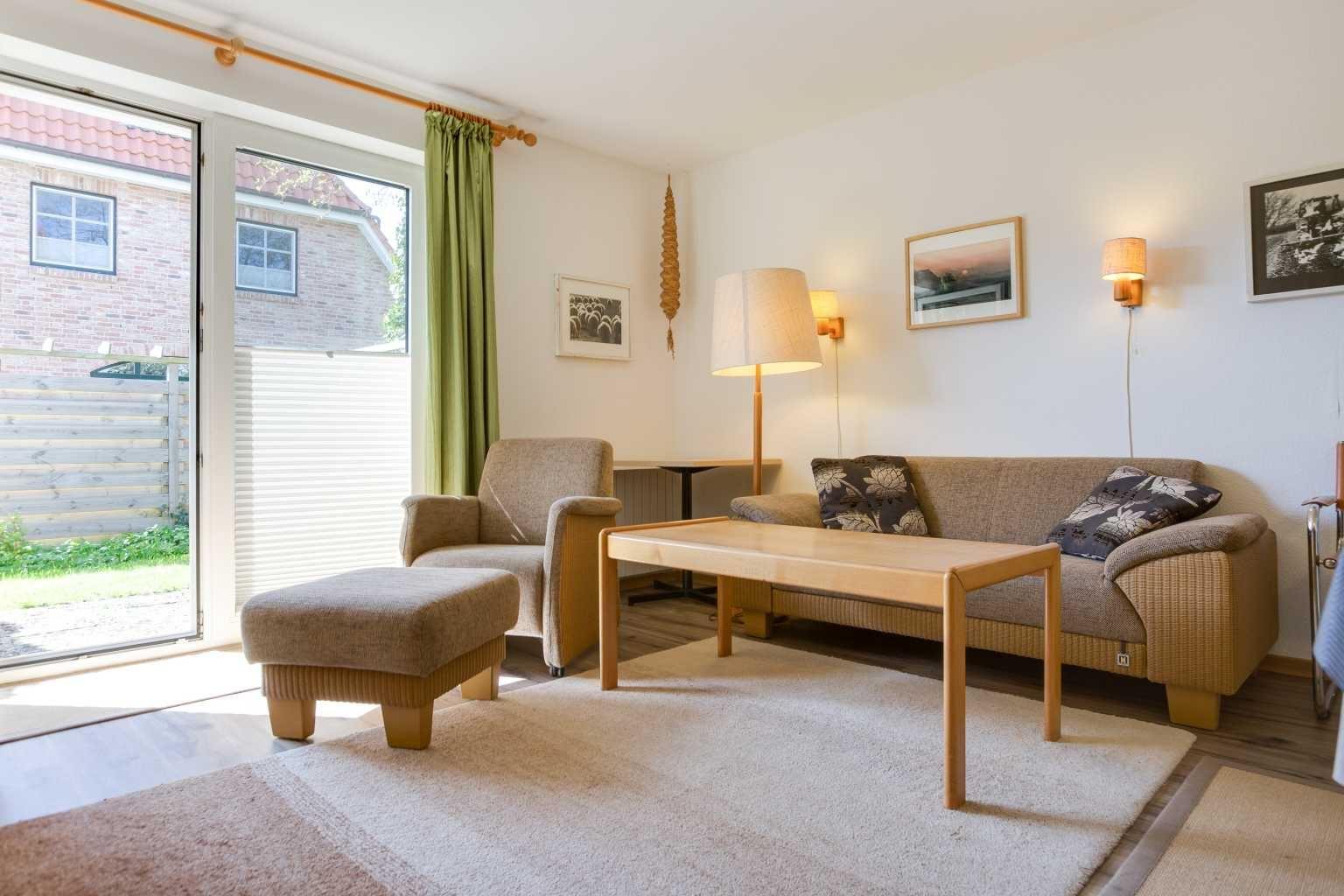 Wohnzimmer - St Peter Ording Dorf, Haus Badallee 28a, Wohnung Schwalbennest 2 (EG hinten)