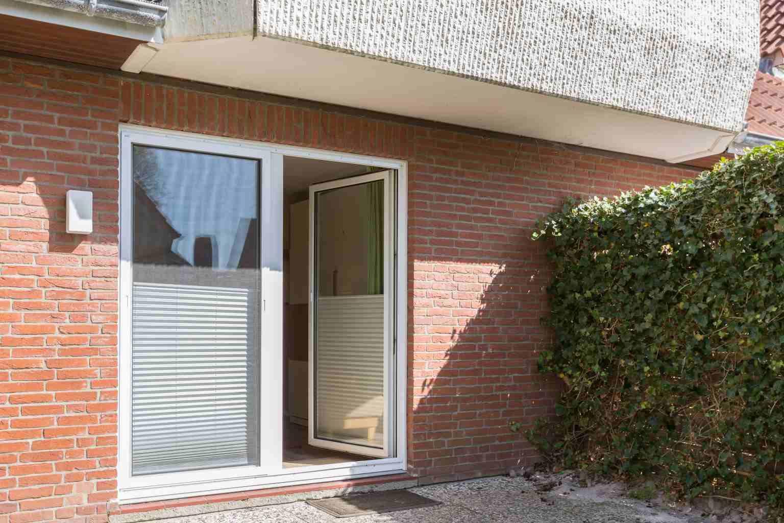 Terrasse - St Peter Ording Dorf, Haus Badallee 28a, Wohnung Schwalbennest 2 (EG hinten)