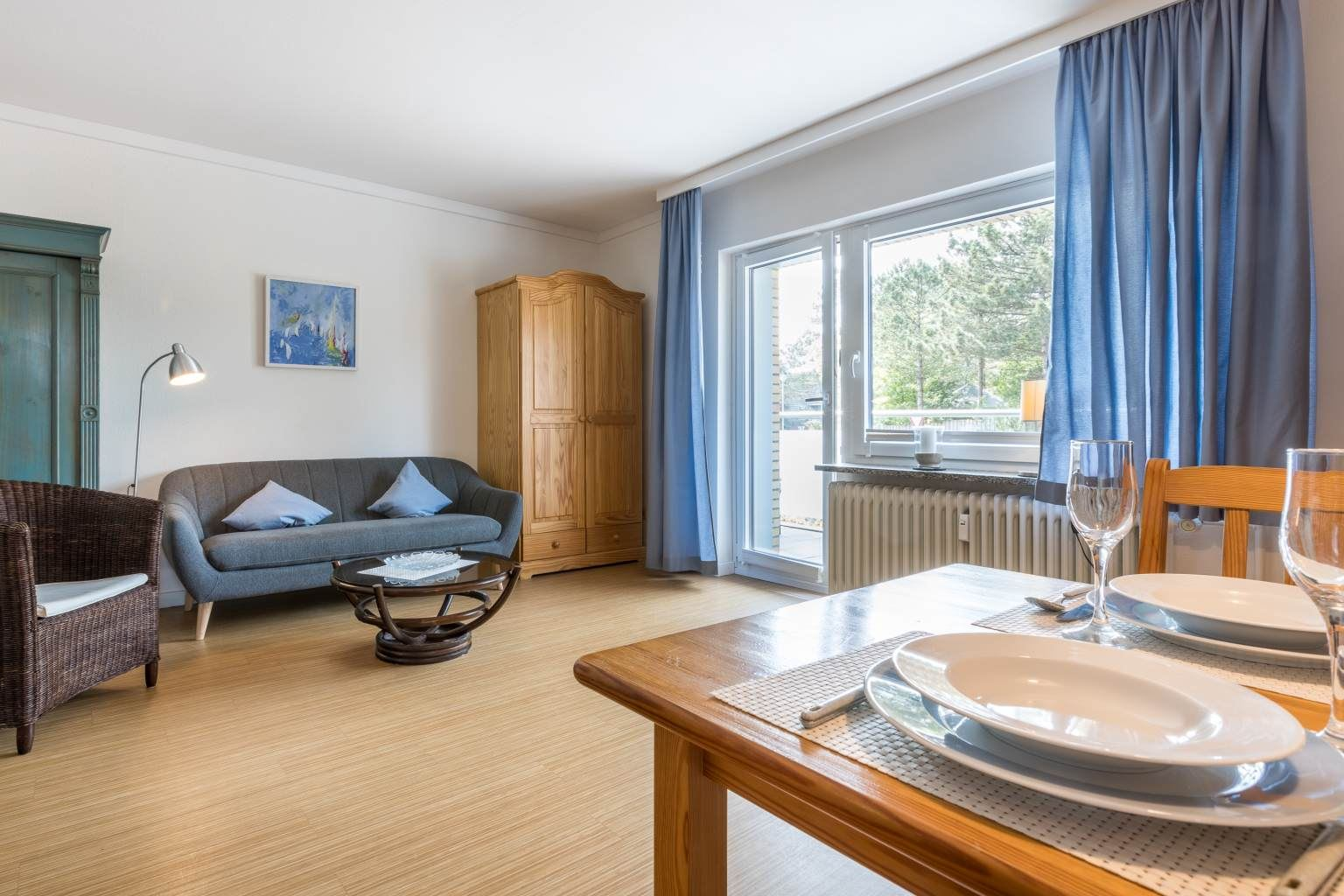 """Essbereich und Wohnzimmer - St Peter Ording Bad, Haus Colonia, Wohnung 1 """"Seestern"""", Im Bad 81"""