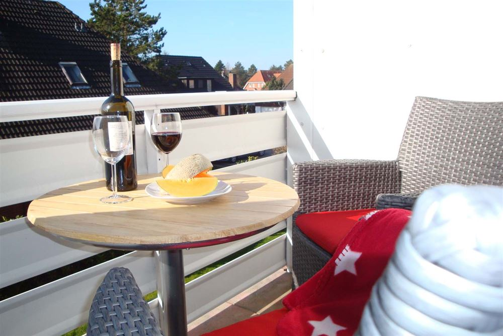 Balkon - Haus Austernfischer, Wohnung 4, Klaus-Groth-Weg 26, St. Peter-Bad