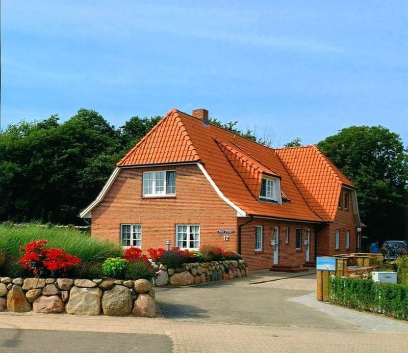 Aussenansicht Wohnung OG, 3-Zimmer-Ferienwohnung für bis zu 4 Personen, St. Peter-Dorf