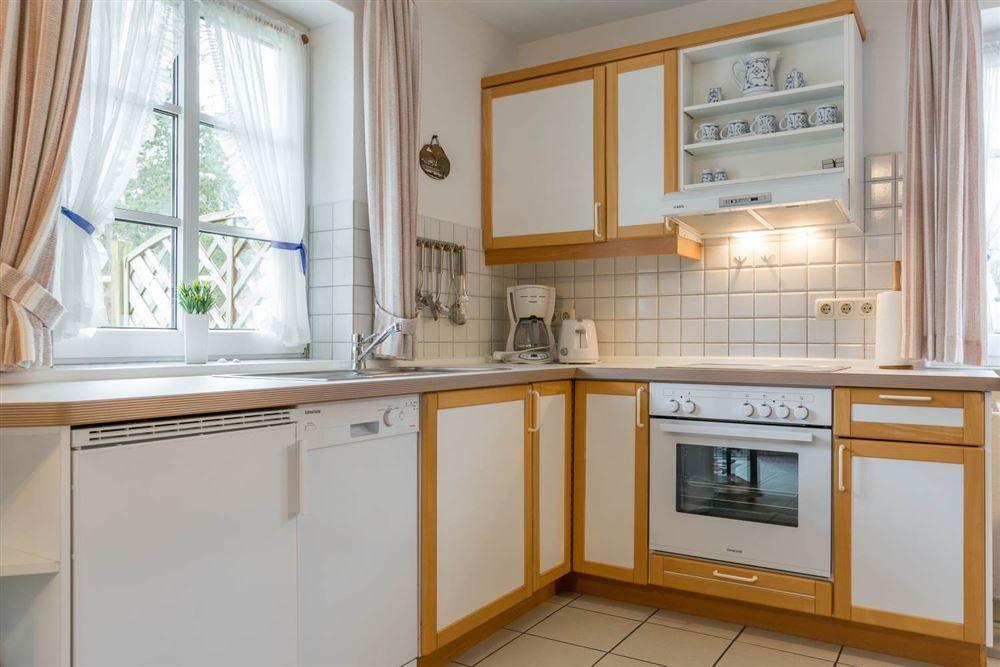 Küche - Wohnung Seebuell, Achter de Dünen 2, St. Peter-Bad