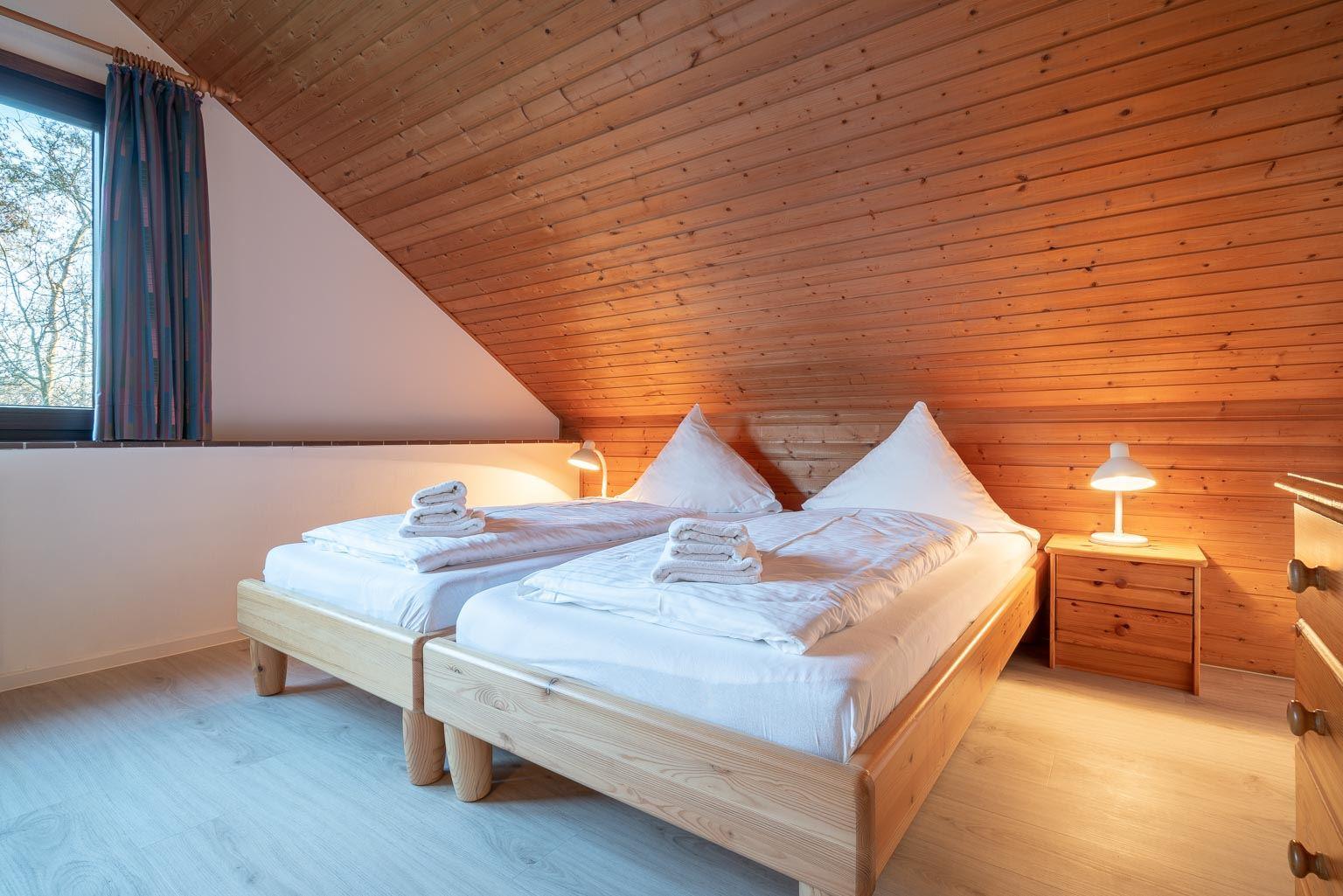 """2. Schlafzimmer - St Peter Ording Dorf, Ferienhaus Groener Weg 9, Hausteil 7 """"Grube"""""""