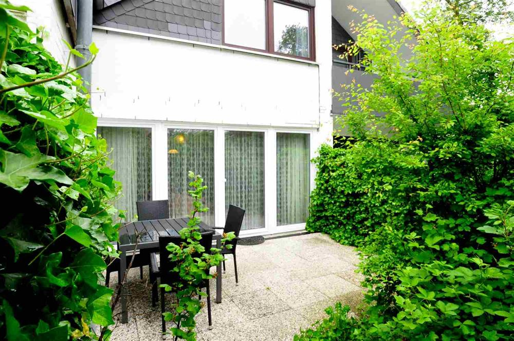 "Terrasse - St Peter Ording Dorf, Ferienhaus Groener Weg 9, Hausteil 6 ""Wechsler"""
