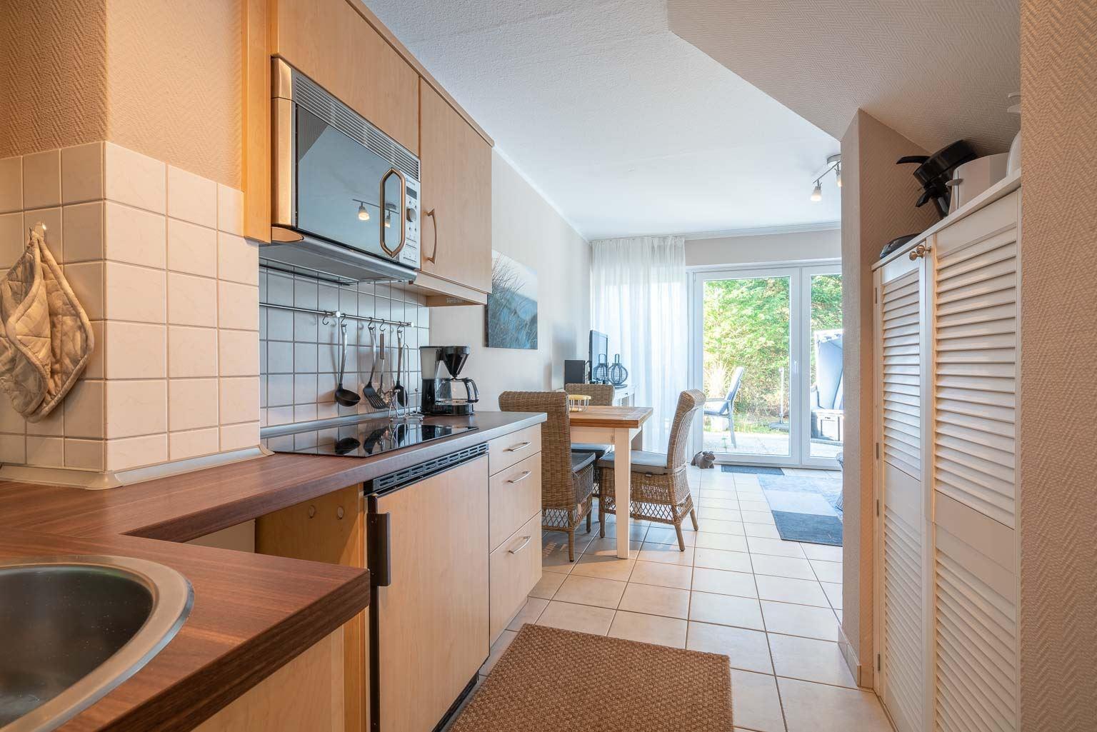 "Küche - St Peter Ording Dorf, Ferienhaus Groener Weg 9, Wohnung 1 ""Duenensonne EG"""
