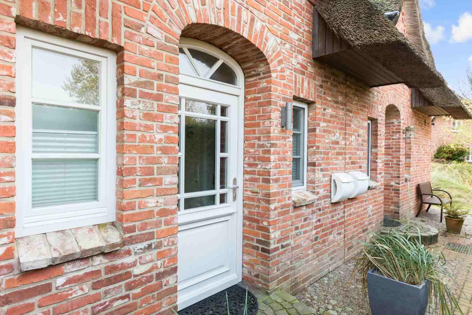 Haus-Vesterhav - Haushaelfte-2a-ID-225 -Hauseingang