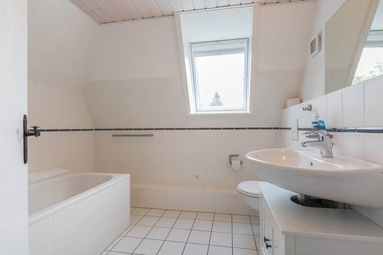 """Ferienhaus """"Das grüne Haus"""" - 2. Badezimmer"""