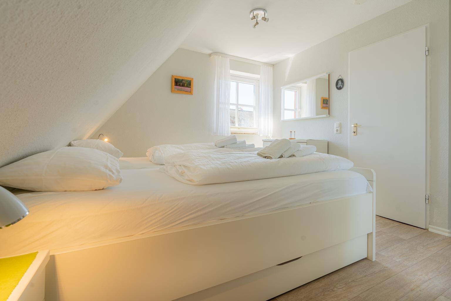1. Schlafzimmer