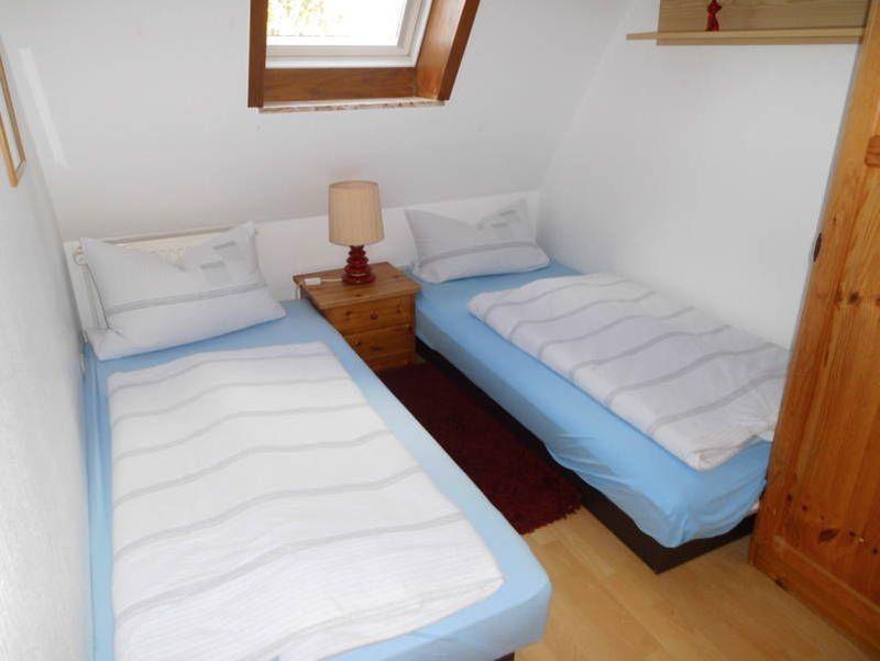 """Schlafzimmer - St Peter Ording Umgebung, Ferienhof Deblitz, Wohnung 2 """"Meeresbrise"""""""