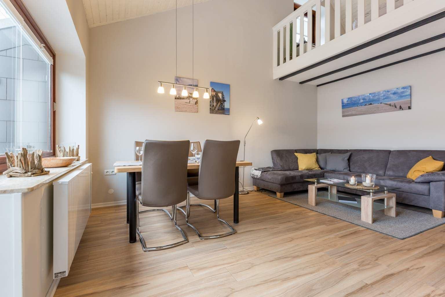 """Wohnzimmer """"Seeschwalbe"""", Sandkamp 2, St. Peter-Dorf"""