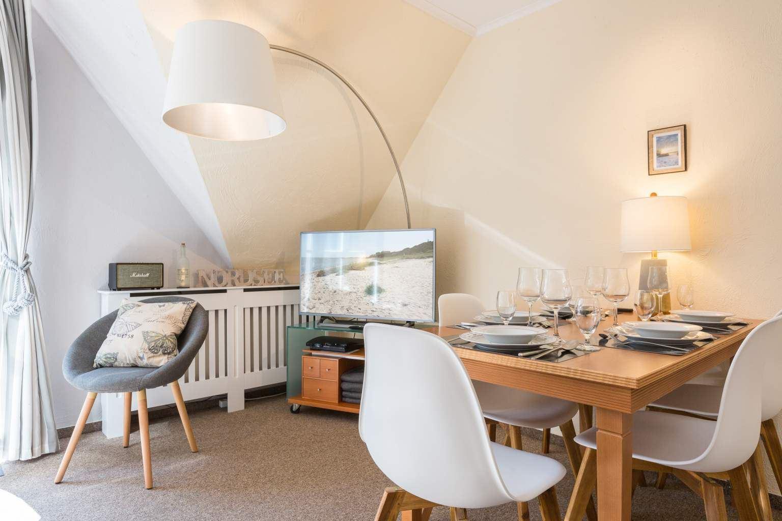 Wohnzimmer und Essbereich - St Peter Ording Bad, Friesenresidence, Appartement Hornklee