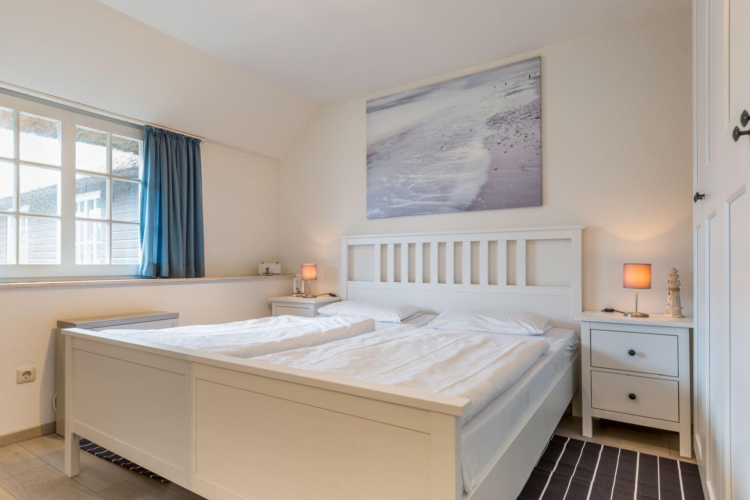 """1. Schlafzimmer - St Peter Ording Dorf, Ferienhaus Wattlaeufer, Wohnung 7 """"Zweite Heimat"""""""