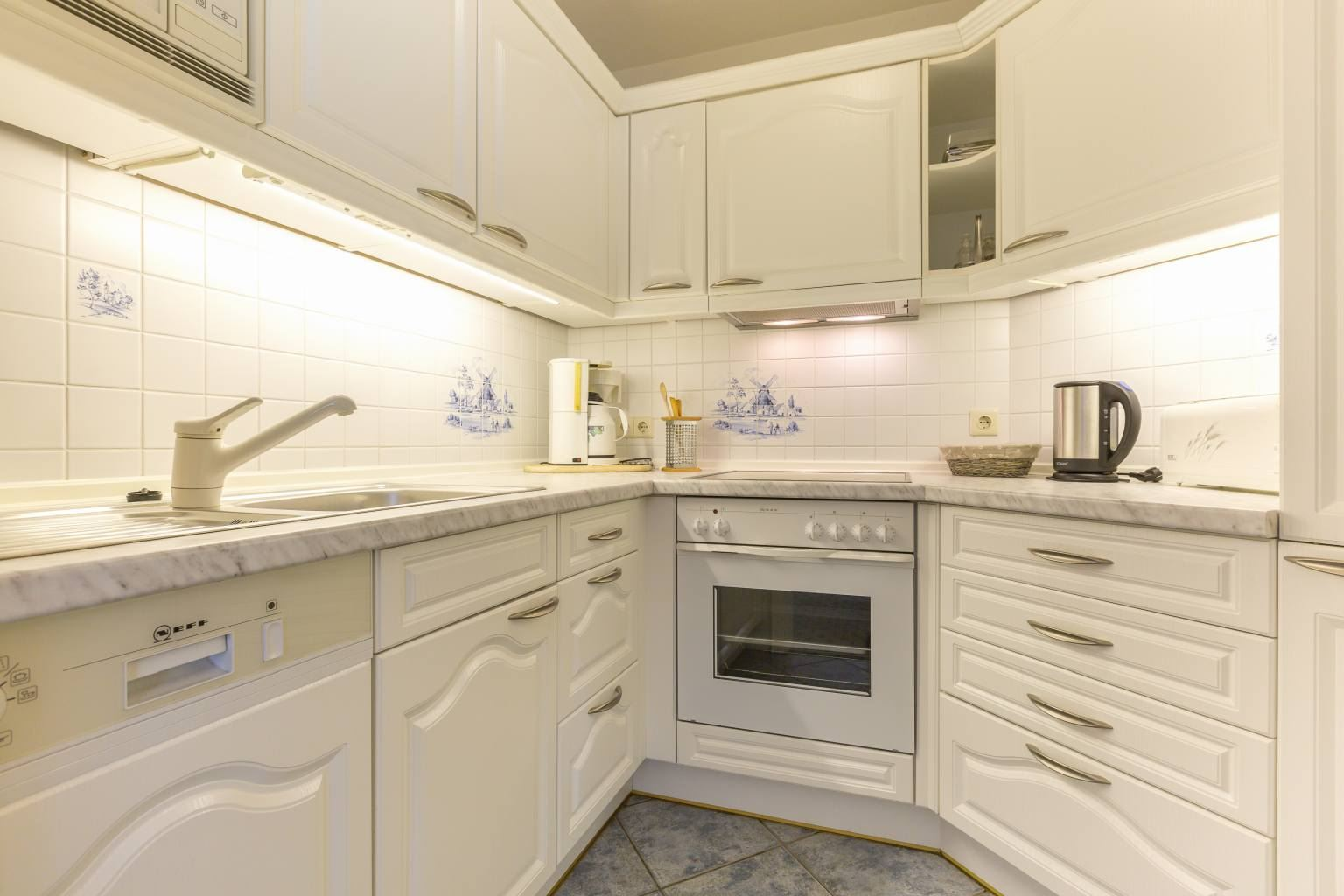 Küche - St Peter Ording Bad, Kurparkvilla, Wohnung 1 Kaminsuite