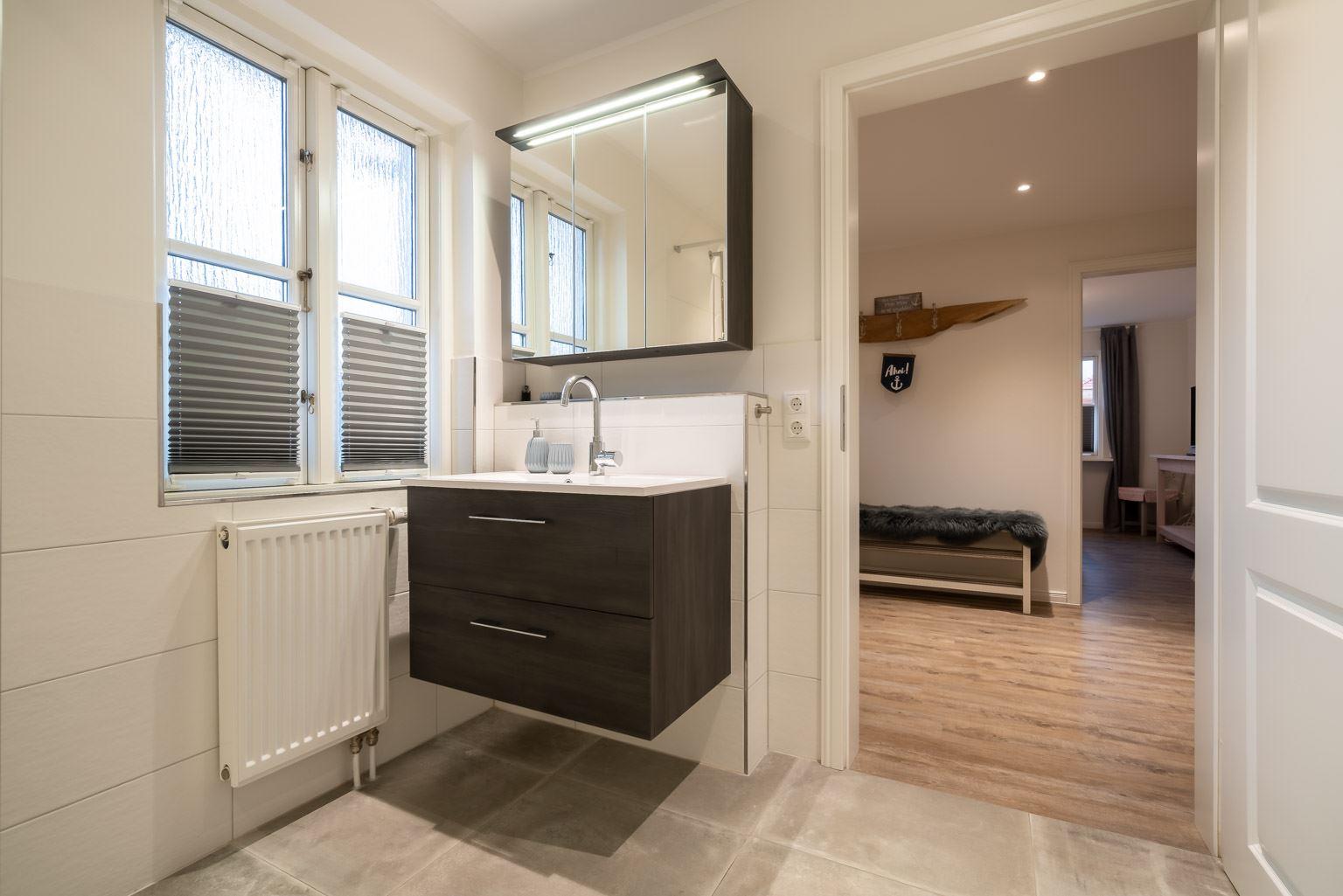 """Badezimmer Wohnung 1 """"Nordstern"""", Gartenweg 3, St. Peter-Dorf"""