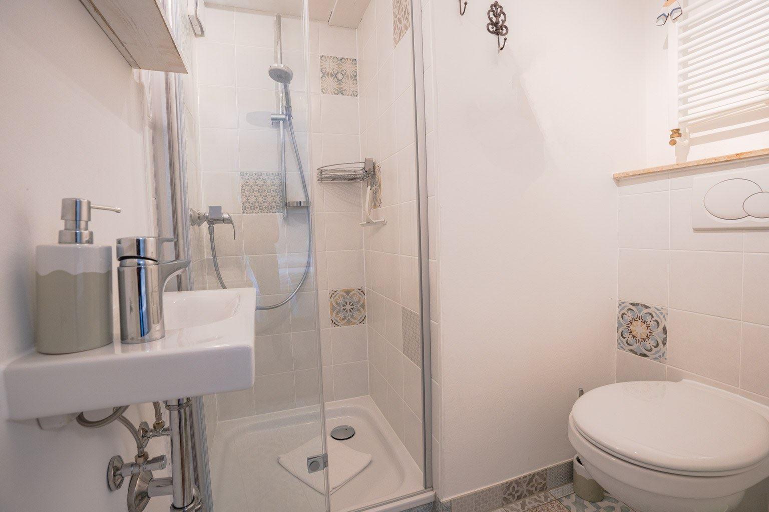 2. Badezimmer (Whg. 1, EG)