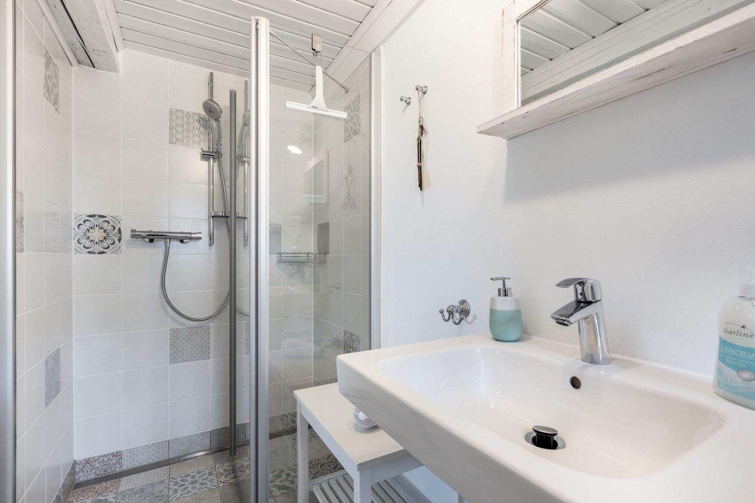 3. Badezimmer (Whg. 2, EG)